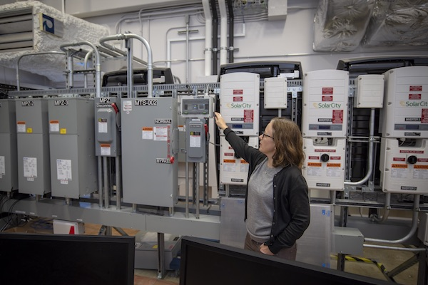 FLEXLAB Executive Director Cindy Regnier offers a tour of the facility